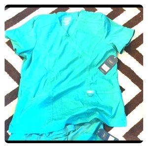 Cherokee Authentic Workwear Revolution Scrubs Set